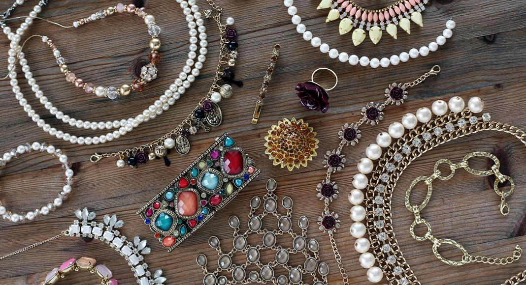 75bc1735f Como vender bijuterias na Internet - Confira aqui e fature alto!